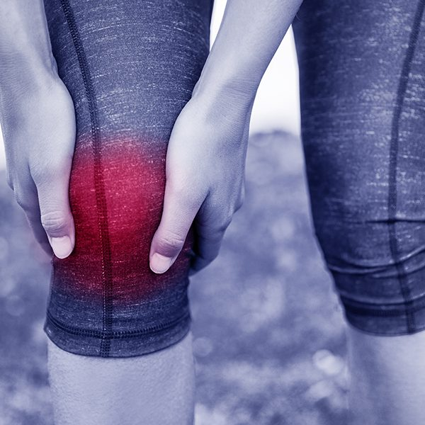 Helping-with-Injuries-sports-running-knee-sm